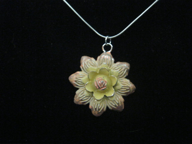 image array apollobox pressed product flower for necklace